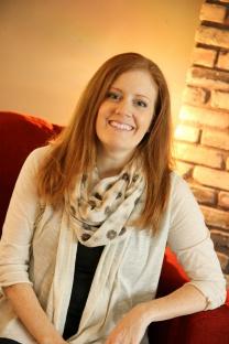 Rachel Rust Author medium